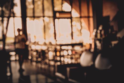 هایک ویژن توضیح میدهد آیا می توانید در داخل کافی شاپ خود دوربین نصب کنید؟
